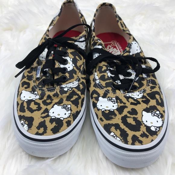 57c15f136979a3 Vans Women s Size 9 Authentic Hello Kitty Leopard.  M 5a8900883b160882c20754d0